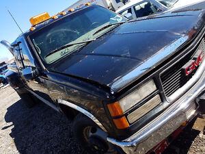 1999 GMC Sierra 3500 Dually Tow truck