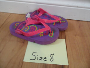 SANDLES GIRLS SHOES SIZE 8