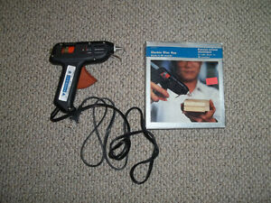 REDUCED Electric Glue Gun
