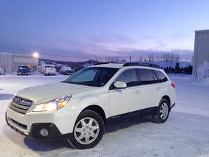 2014 Subaru Outback Groupe Commodité VUS
