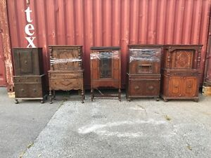 BEAUTIFUL VINTAGE DISPLAY CABINETS!! AMAZING PRICE!!