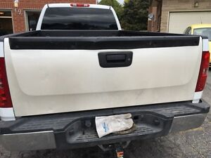 Chevy silverado tail gate 07-13
