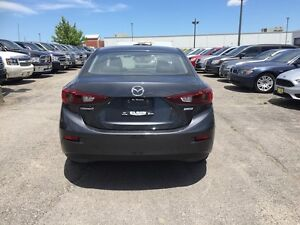 2010 Mazda Mazda3 GX***Low Kms,Manual,FWD*** London Ontario image 6