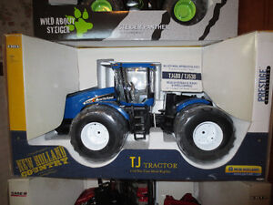 CASE IH STEIGER NEW HOLLAND 4WD TOY FARM TRACTORS Sarnia Sarnia Area image 3