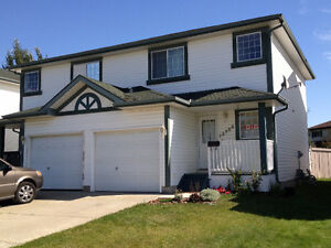 Fully Finished Duplex in Clareview
