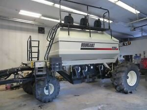 Bourgault 5350 air tank