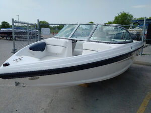 ::CLEARANCE:: NEW 2016 Rinker Captiva 186 outboard bowrider boat