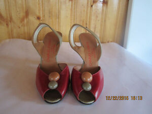 Charles Jourdan - Leather Shoes - France (Size 6)