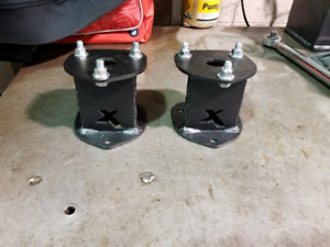 "09-18 Ram 1500 4"" Lift Blocks"