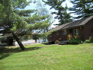 Stoney Lake -Point Cottage & Beach