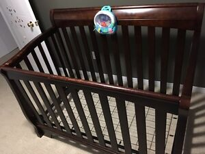 Solid wood convertible crib Cambridge Kitchener Area image 4