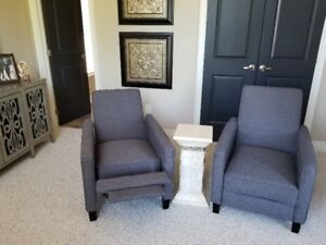 """2  Small Charcoal Grey """"LIKE NEW"""" Recliners"""