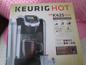 BRAND NEW SEALED BOX KEURIG K425 2.0 WITH WARRANTY
