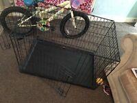 Large dog crate £25 ono