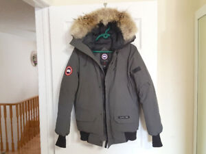 Canada Goose Chilliwack Bomber ( Mens XS )