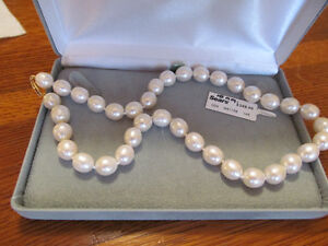 """GENUINE 10MM, 18"""" FRESH WATER PEARL NECKLACE"""