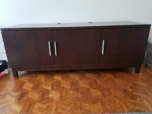 TV/Entertainment Unit Priced to SELL
