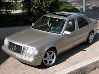 1986 Mercedes-Benz 300-Series Sedan
