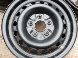 Size: 16 INCH Steel RIMS with or w/o TPMS.  (16 X 6.5)  5.5