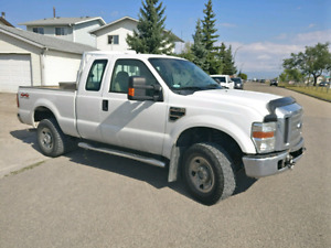 2008 Ford F-250 XLT Super Duty Pick Up Truck