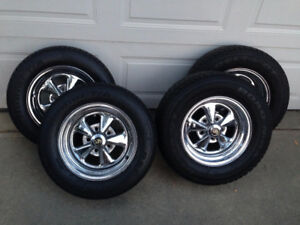 "US Chrome 14"" Rims/Wheels with Tires"