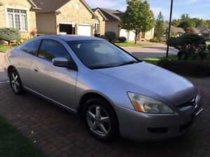 2003 Honda Accord Coupe EX-L loaded with leather London Ontario image 3