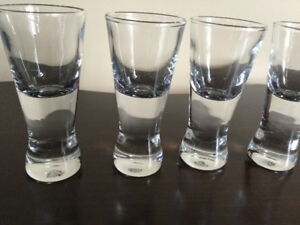 Contemporary shooter glasses