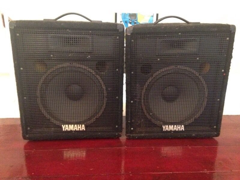Yamaha sv12 pa speakers with mic in paignton devon for Yamaha 12 inch monitor