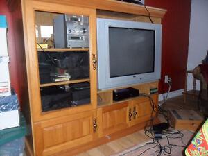 commode en pin, meuble télé Saguenay Saguenay-Lac-Saint-Jean image 3
