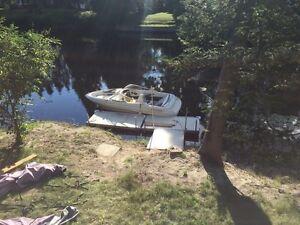 Glastron 175 Bowrider Boat