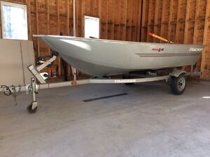 14' aluminum fishing boat for sale c/w trailer