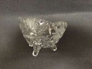 Collectible Antique Beautiful Crystal Candy Dish London Ontario image 5