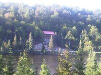 Fête du travail! Grand chalet a louer sur lac St-Adolphe Laurent