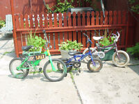 Girls bikes very good cond $15 or best ofer.