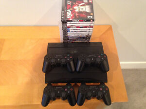 PS3 with 13 games - 4 controllers