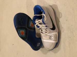 NIKE KYRIE IRVING SHOES 3 BLACK BLUE WHITE - Size 4.5