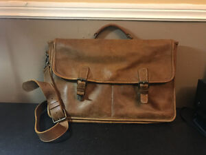 Roots leather messenger bag London Ontario image 1
