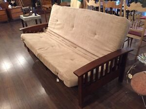 As new FUTON only $ 150