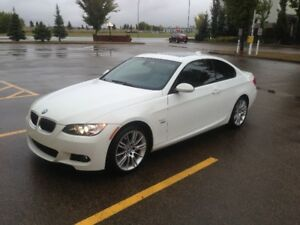 2009 BMW 335i xDrive Coupe - Executive Package, M Sport Package