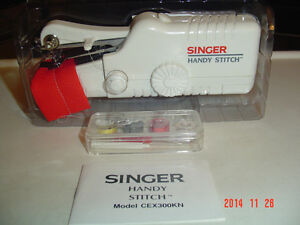 """BRAND NEW """"THE ULTIMATE STEAMER"""" & SINGER HANDY STITCH #CEX300KN Windsor Region Ontario image 2"""