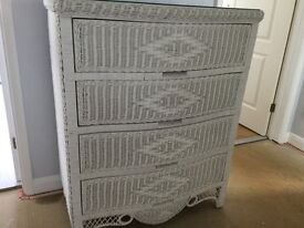 White Wicker Chest of 4 Drawers