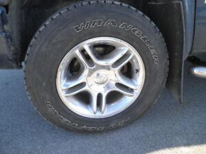 pneu wrangler lt 265 70 17