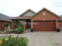 50 Shadetree Cres,Stoney Creek,4BR,2BR,Finished BSMT, MUST SEE