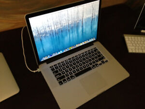 2012 15 inch MacBook Pro Retina Display with Magic Mouse