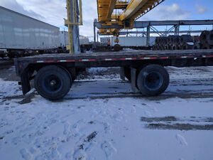 48' Flatbed Trailer yr 2002 for Sale!! (Excellent condition)