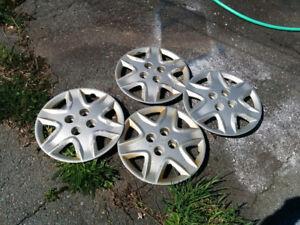 15' Honda Hubcaps