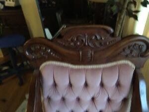 Beautiful Antique Settee and matching chair London Ontario image 8