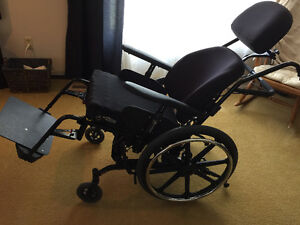 Wheelchair used only 2 weeks