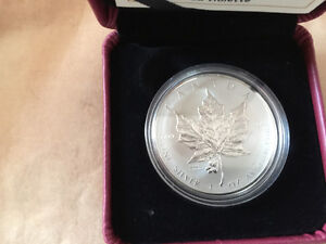 Maple leaf argent Chicago 2015LIMITED EDITION
