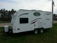 Excellent Condition Hybrid Camper Trailer